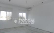 Duplex S+4 de 206 m² à Marsa Carrefour.