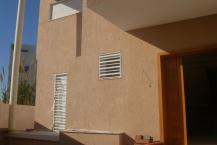 villa avec piscine ( en cours de finition )