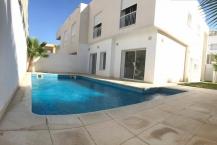 Villa jumelée avec piscine au lac 2