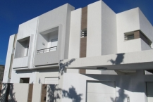 Villa jumelée neuve avec piscine
