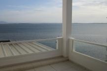 s+2 de 150 m² avec terrasse vue sur lac