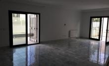 Villa de 280 m² sur un terrain de 453 m² à la Soukra