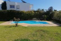 Villa avec piscine au Lac1