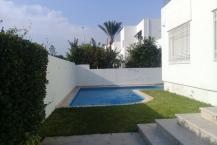 A vendre villa  avec piscine au Lac1